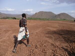 Morane Samburu dans la Milgis River